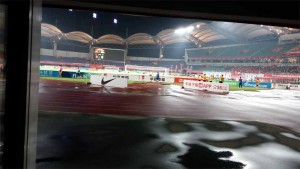 (Speaking of wanting more... many of us returned the second night, when a China League One match between home team Hebei CFFC 河北华夏幸福 and Beijing BG was finishing in a 0-0 tie